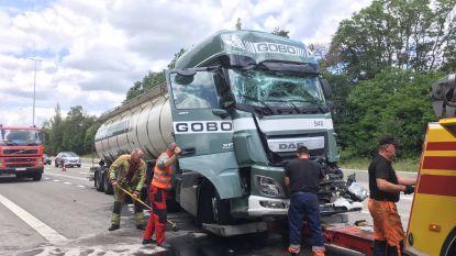 Tankwagen knalt tegen truck op E313
