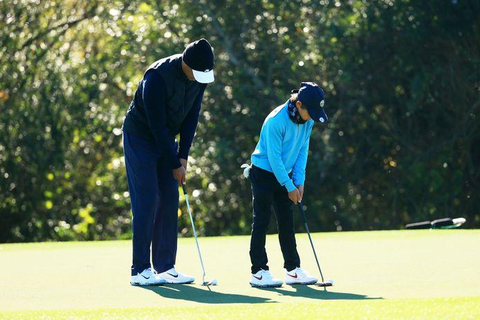 Tiger Woods en zijn elfjarige zoon Charlie.