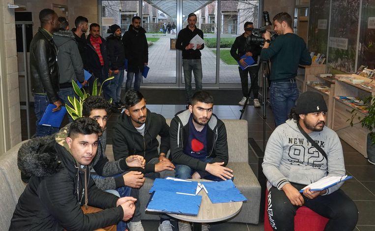 De vluchtelingen vertrekken deze week uit Mesen.
