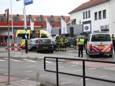 Auto's botsen op rotonde in Culemborg, vrouw (29) gewond