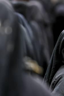Rechter: 'Vervolging IS-verdachte stopzetten als terughalen te lang duurt'