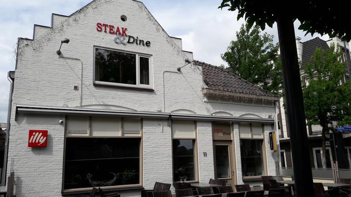 Steak & Dine aan de Frans van Beststraat in Valkenswaard is failliet.