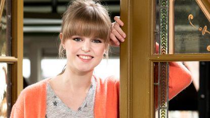 """'Thuis'-actrice Elise Roels: """"Vroeger vond ik het leuk om herkend te worden. Nu niet meer"""""""
