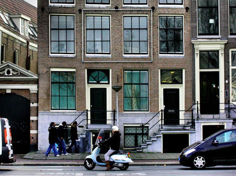 Het pand aan de Prins Hendrikkade. ©Het Parool/Jean-Pierre Jans Beeld