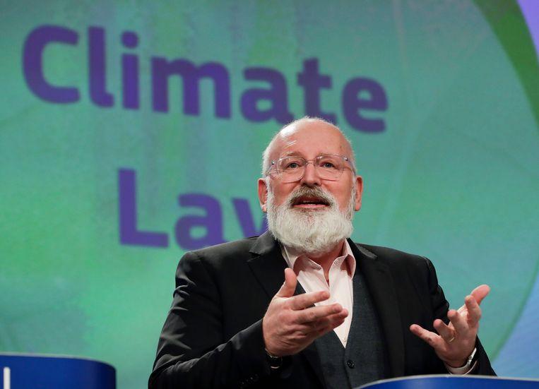 Frans Timmermans licht zijn voorstel toe.  Beeld EPA