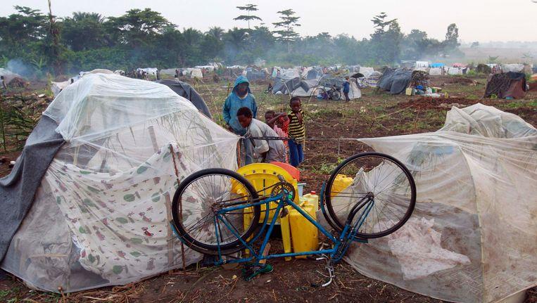 Een fiets van een Congolees gezin staat in een vluchtelingenkamp. Het gezin is gevlucht vanwege gevechten tussen ADF en het Congolese leger. Beeld REUTERS