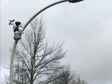 Weerstations aan lantaarnpalen wapenen Zwolse wijk Stadshagen tegen extreem weer