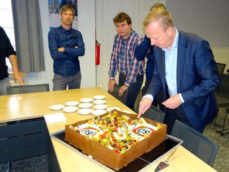 De taart werd gesmaakt.