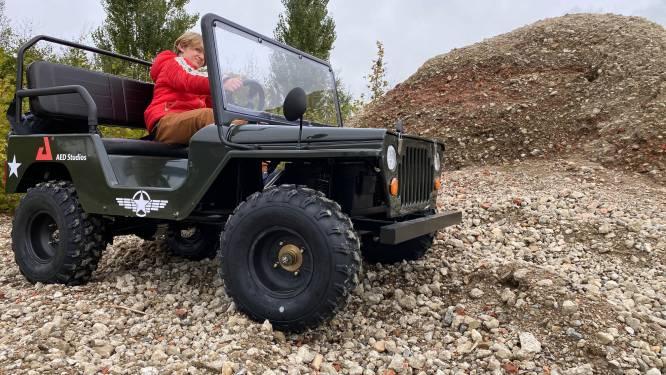 Crossen rond de filmstudio's in Lint: AED zet in op Junior Jeep Experience voor jongeren