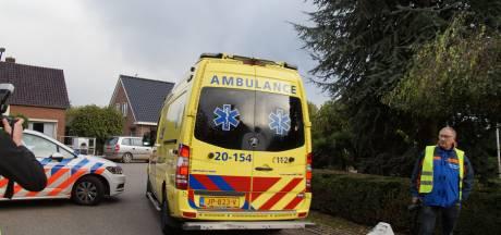 Man neergeschoten in Veen, politie houdt zoekactie naar vluchtauto op woonwagenkamp