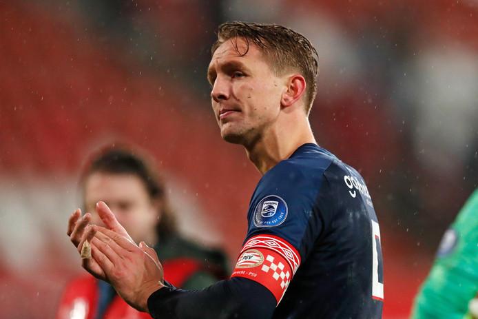 Luuk de Jong bedankt de meegereisde fans.