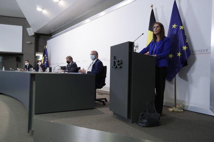 Premier Sophie Wilmès houdt een persconferentie na de vergadering van de Nationale Veiligheidsraad.