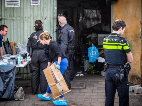 Politie opent aanval op drugsboerderijen in Oost-Nederland