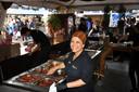 Vera Andreas is nu al tevreden over het evenement. ,,Het weerzien, dat is de kracht van de Pasar Malam.