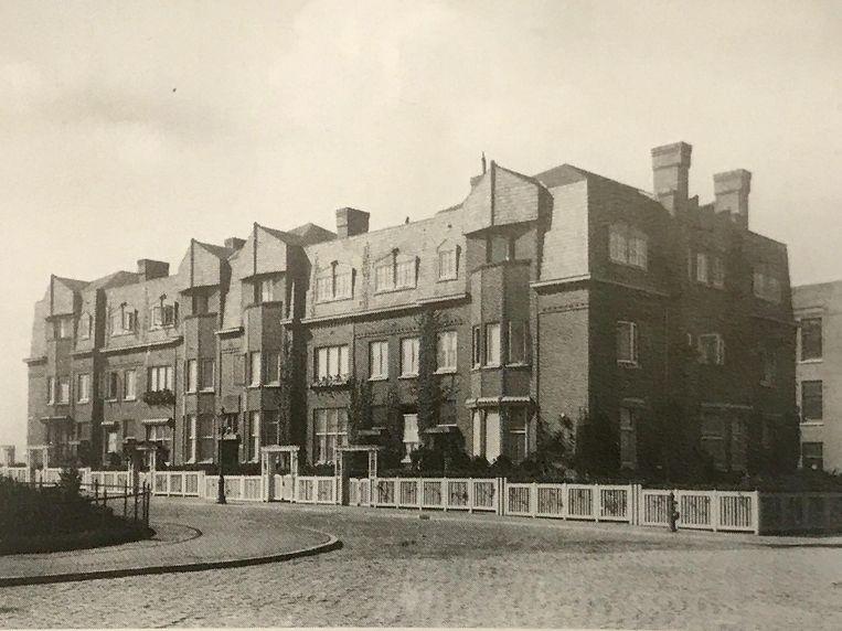 Emmastraat 36-44 in 1917 Beeld NAi/WARS-archief
