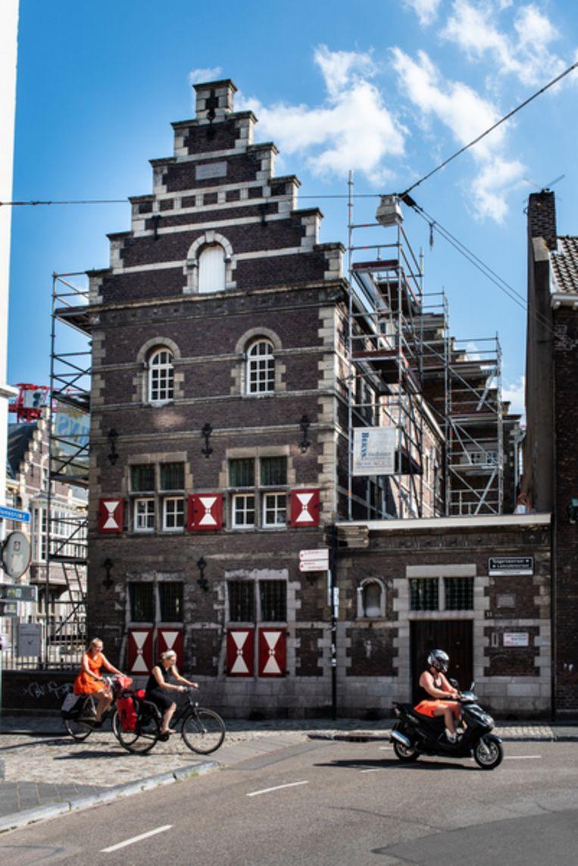 De Toneelacademie van Maastricht. Beeld null