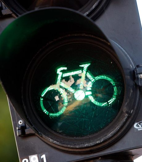 Fietsapp voor snellere groene stoplichten uit de lucht in Flevoland na hackpoging