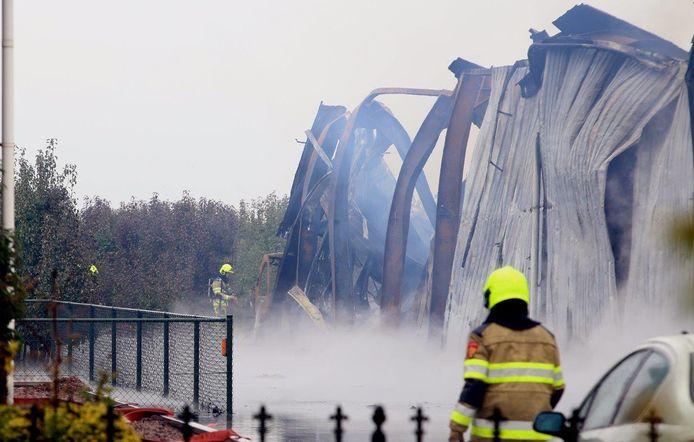 De grote schade na de brand in Hedel.