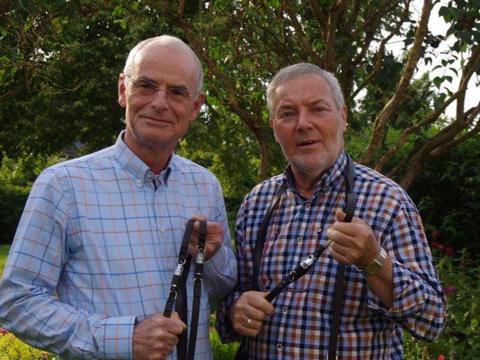 """De bedenkers van de teugel Frans van den Bogaerd (links) en Roel Smelt: """"De ruiter ziet direct hoe hij rijdt."""""""