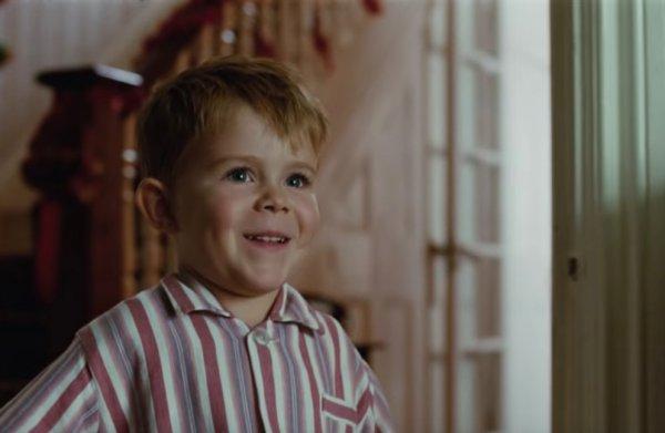 De aftrap van het Britse kerstgevoelseizoen komt van Elton John
