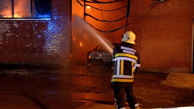 """Acht jaar nadat loodsbrand leven van twee Polen eist, riskeert zaakvoerder transportbedrijf 4,5 jaar cel en monsterboetes. """"Alles draaide om geld, geld en geld"""""""