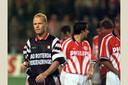 Ronald Koeman druipt af, nadat Feyenoord met 7-2 heeft verloren van PSV (1996).