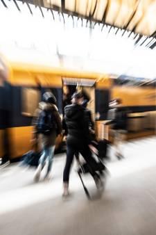 In een handomdraai werd de telefoon van Sofie gejat op station Nijmegen