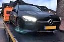 In een groot onderzoek naar witwassen werd onder andere een 38-jarige Bodegraver opgepakt. De FIOD heeft beslag gelegd op onder meer 70.000 euro en een Mercedes.