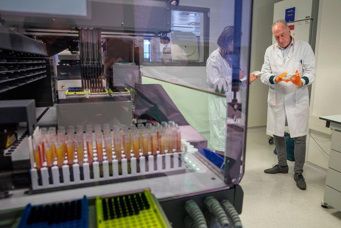 Het laboratorium van Sanquin.