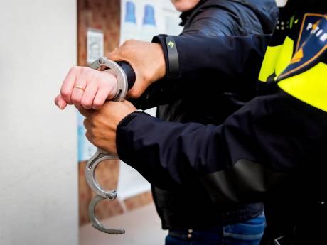Waarschuwingsschot gelost bij aanhouding: politieagent vocht voor zijn leven
