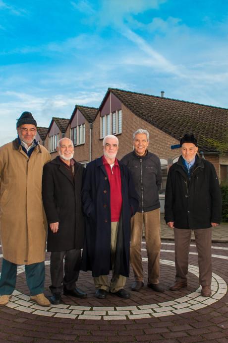 Twintig jaar buurtvaders in Gouda: 'We roepen alle jongeren op om met ons de kar te trekken'