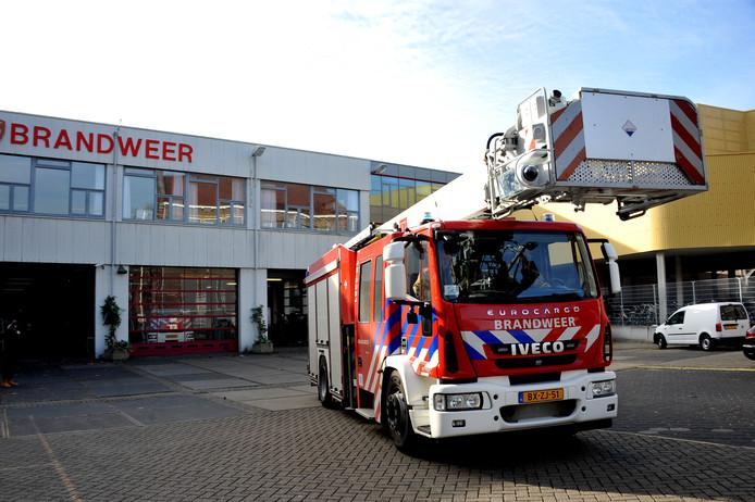 De brandweer neemt enkele brandweerkazernes in de regio onder handen.