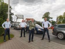 Ondernemers in Zwartsluis woedend om wegafsluiting: 'Mensen moeten enorm ver omrijden'