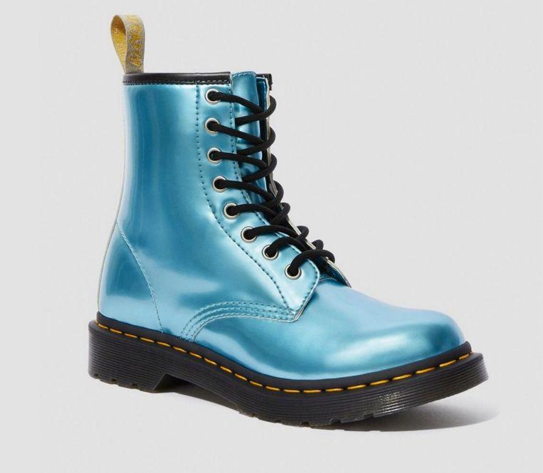Dr. Martens-boot van vegan 'leer' in de kleur blue pony goldmix, € 170 Beeld null