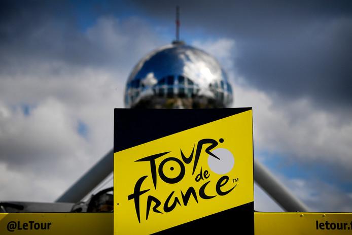 Le départ du Tour de France était, cette année, organisé à Bruxelles en hommage à la première victoire d'Eddy Merckx, il y a 50 ans.