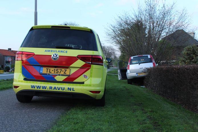 Auto raakt van de weg na onwelwording Montfoort