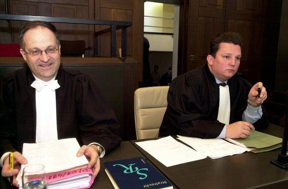 Al sinds het begin van zijn carrière droomt Johan Platteau van assisenzaken. De zaak van Patrick was zijn allereerste. In 2003 (foto) verdedigde hij moordverdachte Aamir Abbas, maar die kreeg levenslang.