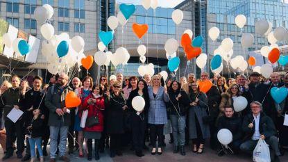 Europees Parlement laat 120 ballonnen op om orgaandonatie in de kijker te zetten