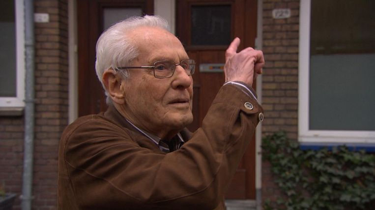 Willem Buurman in Razzia in Rotterdam. Beeld null