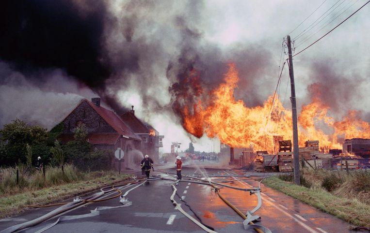 De start van het inferno bij pallettenfabrikant Maro op 29 juni 1994.