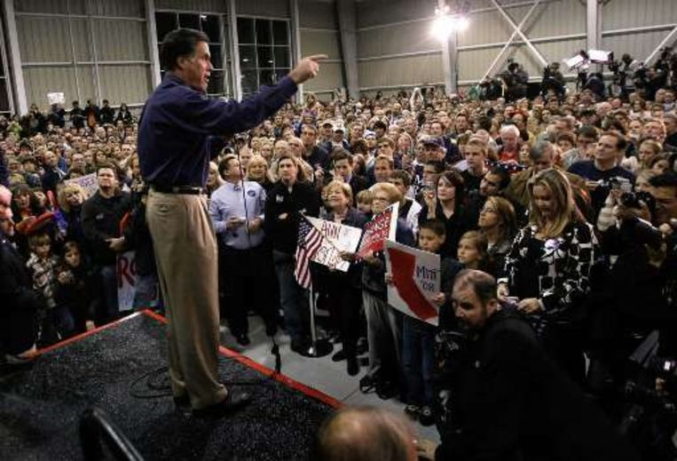Volle zalen, zoals hier voor Mitt Romney in Californië.