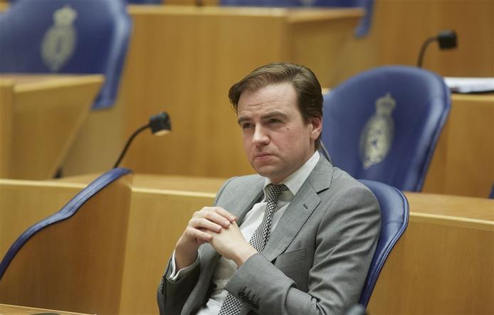 Ook VVD-Kamerlid Malik Azmani is kritisch over het migratiepact.