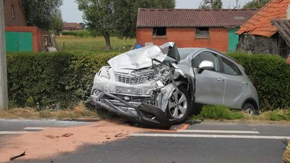 Twee vrouwen gewond na flinke klap