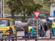 Opnieuw is het raak op de Ruimtevaart in Amersfoort: aanrijding tussen scooter en auto