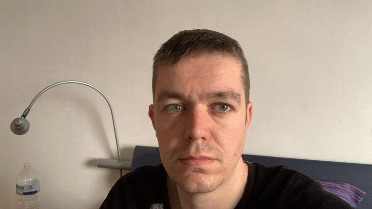 Schepen Evert De Smet zat vorige week al thuis in quarantaine, gescheiden van zijn gezin.