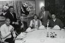 PSVers Ronaldo Frits Philips Jan Wouters Dick Advocaat en Luc Nilis bij hr. Chang van de Blauwe Lotus in Eindhoven