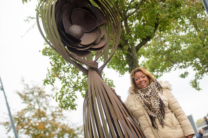 Gabriëlla Buijs is de nieuwe voorzitter Bloemencorso .