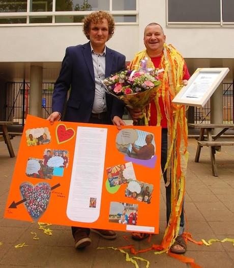 Ton Hopmans in Tilburg verkozen tot 'conciërge van het jaar'