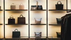 Deze basic handtassen heeft iedere vrouw nodig