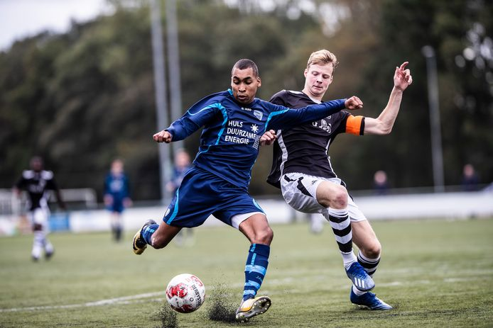 FC Trias kwam zondag op het eigen kunstgrasveld in actie tegen SML.